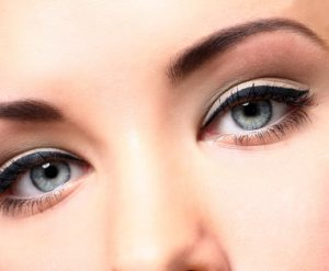 טיפול עיניים כהות ונפיחות